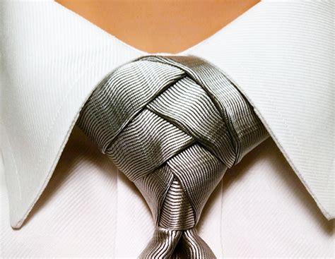 Pre Tied Silver Eldredge Tie Knot 100%silk Pre Tied Tie
