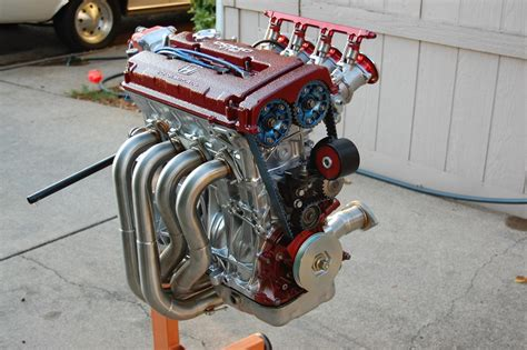 The Five Best Four Cylinder Engines