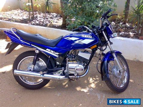 blue yamaha rxz picture 1 album id is 30888 bike located