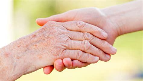 ways     elderly parent  loved