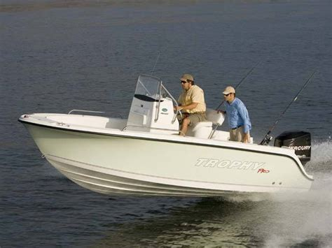 Trophy Boats 1903 Center Console by Research Trophy Boats 1903 Center Console Boat On Iboats