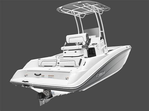 Yamaha Unveils First Jet-Powered Center Console Boat ...