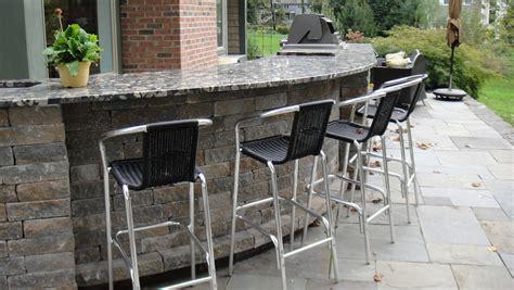 Stone Top Patio Bar  Landscaping  Gardening Ideas