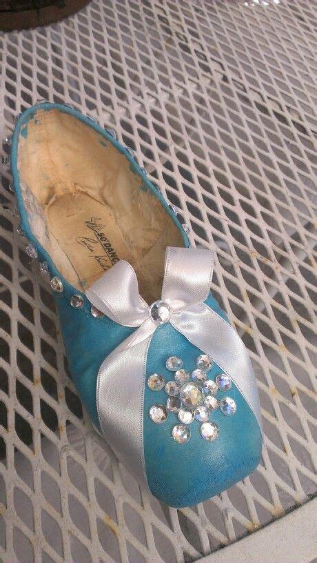 Pointe Shoe Snowflake