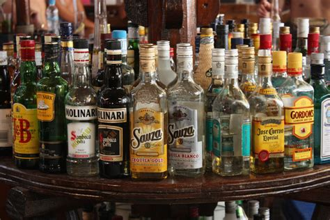 alcoholic drinks cheers to health warning labels for alcoholic drinks