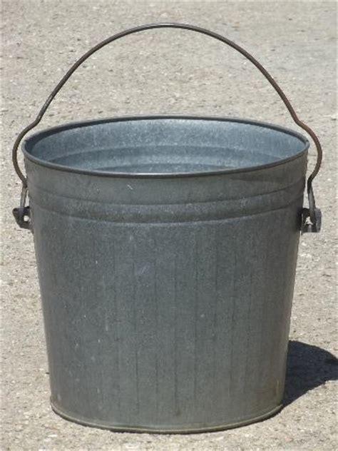 Vintage Galvanized Steel Pail Yard Bucket Trash Can