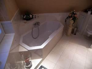 Eckbadewanne Mit Dusche : tageslicht im bad mit eckbadewanne bad 065 b der dunkelmann ~ Markanthonyermac.com Haus und Dekorationen