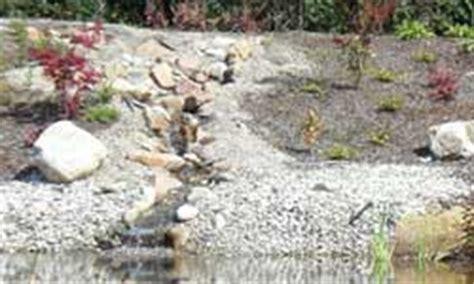 Gartenteich Mit Bachlauf Anlegen 2251 by Bachlauf Anlegen Bauanleitung F 252 R Einen Bachlauf