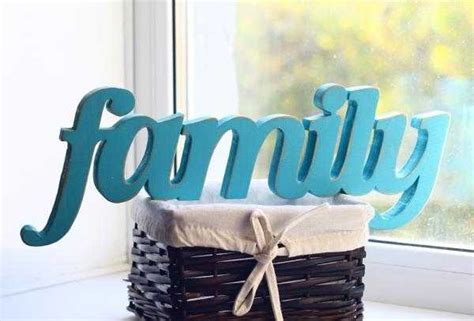 personalizing interior decorating  diy wooden letters