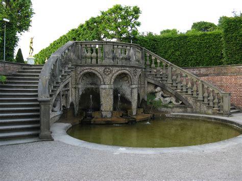 Garten Mieten Hannover by Hannover Herrenhausen Gro 223 Er Garten Treppe Zum Theater Jpg