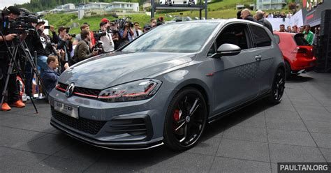 volkswagen golf gti tcr concept officially debuts