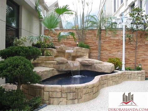 tips membuat taman kolam depan rumah sederhana