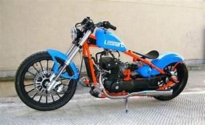 Leonart Bobber 125 : leonart bobber 350i leonart motor pinterest bobbers choppers and mopeds ~ Medecine-chirurgie-esthetiques.com Avis de Voitures
