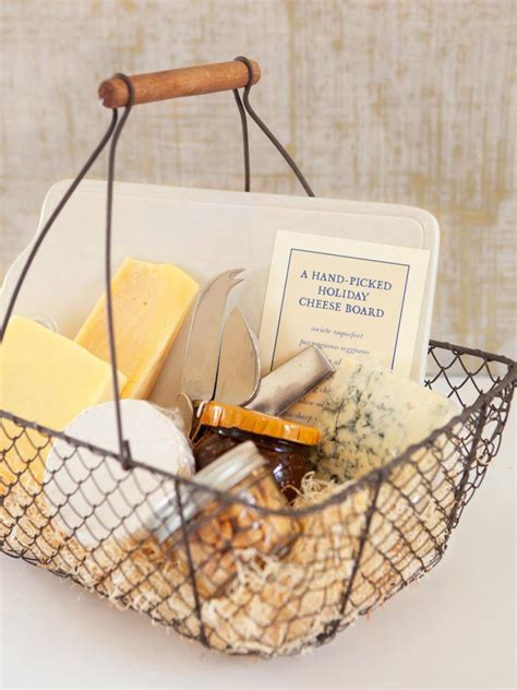 diy cuisine how to a gift basket of cheese nuts and crackers diy