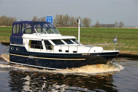 Motorboot Huren by Motorboot Huren Friesland Yachtcharter Wetterwille