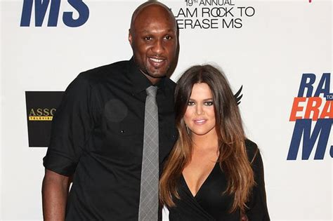 Khloe Kardashian 'calls off Lamar Odom divorce after ...