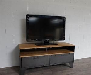 Meuble Tv Fer : meuble tv m tal et bois 120cm industriel restaur ~ Teatrodelosmanantiales.com Idées de Décoration