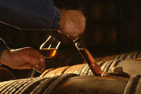 maitre de chais une alliance subtile l encyclopédie du cognac