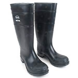 amazon s boots size 9 amazon com 2kp200113 39 s black rubber boots size 13 patio lawn garden