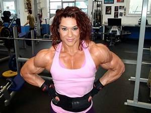 You Won U0026 39 T Believe How Huge These 9 Female Bodybuilders Are  U2013 Heyspotmegirl Com