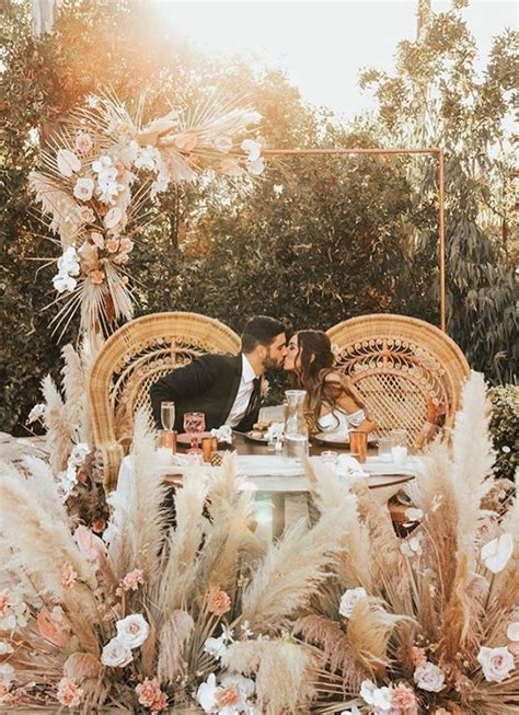 Pampas Grass Wedding Ideas For The Boho Glam Bride Wustoo