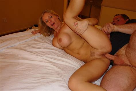 Amateur Threesome Sexy Beautiful Blonde Milf Big Tits Porn Pic From Amateur Busty Blonde
