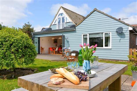 cottage rentals uk best uk cottage rental agencies cottages cool