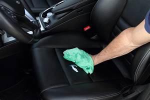 Comment Nettoyer L Intérieur D Une Voiture : produit pour nettoyer siege voiture comment nettoyer un si ge de voiture en tissu comment ~ Gottalentnigeria.com Avis de Voitures