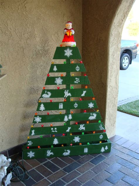 pallet christmas tree recycled ideas recyclart