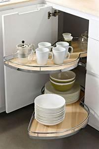 Table Rangement Cuisine : meuble d 39 angle cuisine moderne et rangements rotatifs en 35 photos ~ Teatrodelosmanantiales.com Idées de Décoration