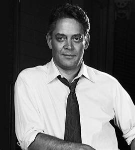 Raul Julia. SUCH a fabulous actor. Died way before his ...