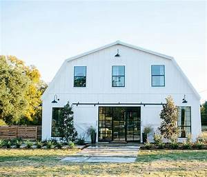 texas barn completely transformed into a barndomindium for With barn houses in texas