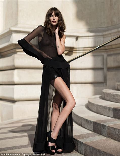 Australian Model Catherine McNeil Oozes Sex Appeal For Esteban Cortazar Collection Daily Mail