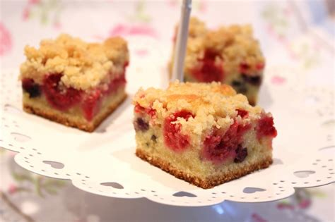 cuisiner riz crumb cake aux fruits rouges framboises et myrtilles pour ceux qui aiment cuisiner