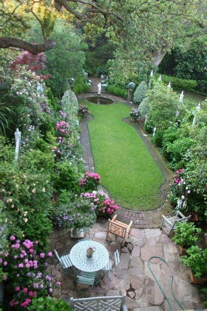 small narrow garden designs