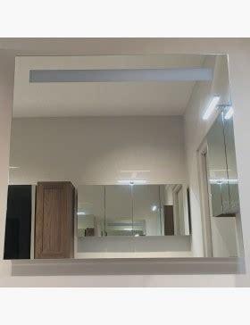 Miroir lumineux 120 cm pour salle de bain avec bandeau LED