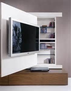 Casa moderna roma italy camino tv