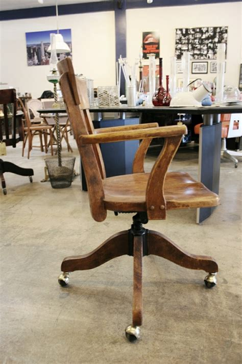 chaise de bureau en bois la chaise du bureau en bois rétro moderne