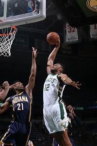 Bucks lose Parker to season ending knee injury