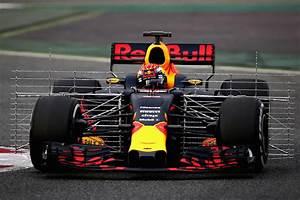 Red Bull Formule 1 : zien max verstappen racet eerste rondjes in de red bull racing rb13 ~ New.letsfixerimages.club Revue des Voitures