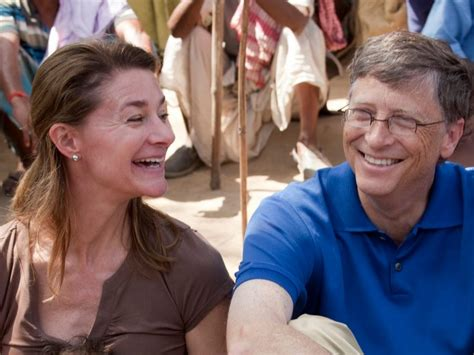 World's Richest Man Bill Gates Still Washes Dishes With Wife