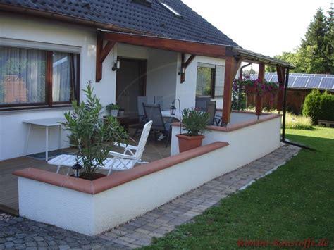 terrasse mit mauer chaperon plate farbe bilder