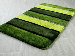Badteppich Set Grün : pacific badteppich bali gr n streifen in 5 gr en badteppiche pacific badteppiche ~ Markanthonyermac.com Haus und Dekorationen