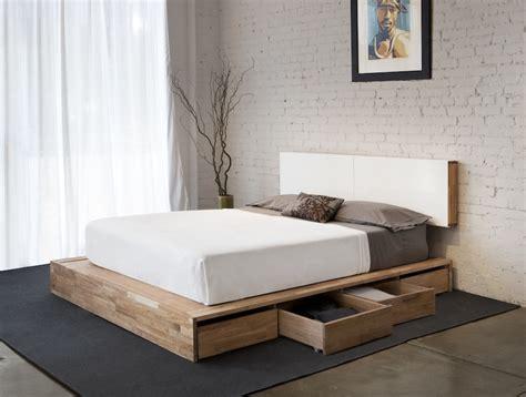 bedroom storage making      bed space