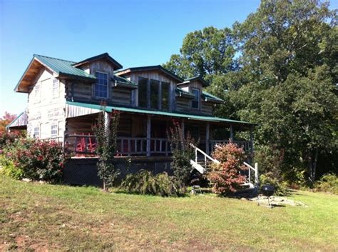 hotels in le mo charleville vineyard winery microbrewery updated 2017