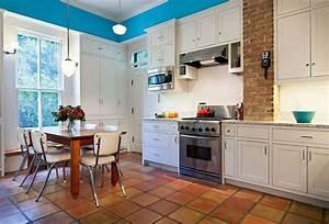 Küche Landhausstil Weiß Modern : wandfarbe terracotta fliesen k che weiss modern landhausstil terracotta pinterest fliesen ~ Bigdaddyawards.com Haus und Dekorationen