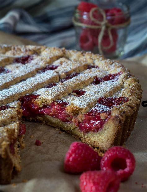 Raspberry Linzer Torte Recipe   Hostess At Heart
