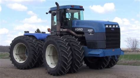 Lot 5504 - FORD NEW HOLLAND VERSATILE 4 X 4 TRACTOR - YouTube