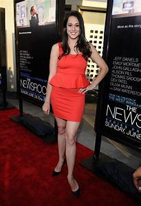 "Kelen Coleman in Premiere Of HBO's ""The Newsroom"" - Red ..."