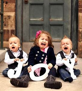 hilarious christmas card photo crying siblings With the best short time holiday family pictures ideas